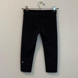 Ivivva Lululemon Girls Black Crop Leggings Size 10